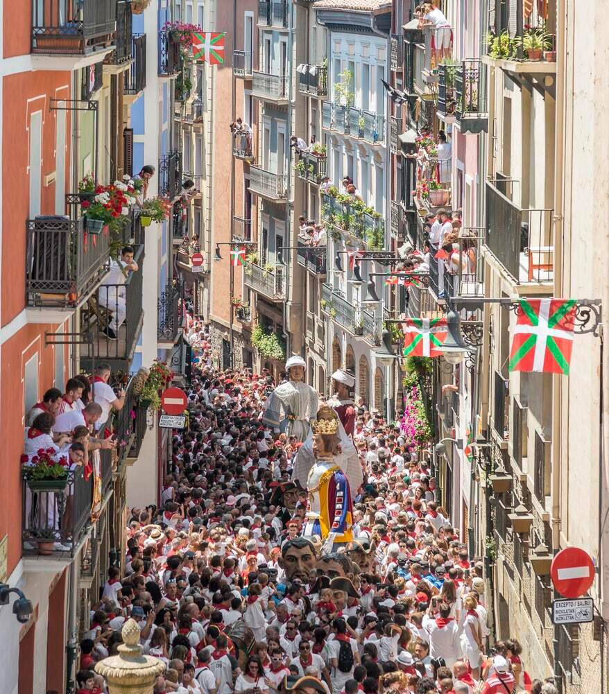 Pamplona---Running-of-the-Bulls