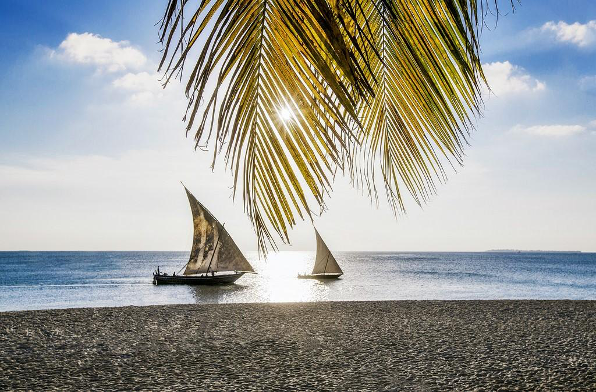 top beaches dhows cruise