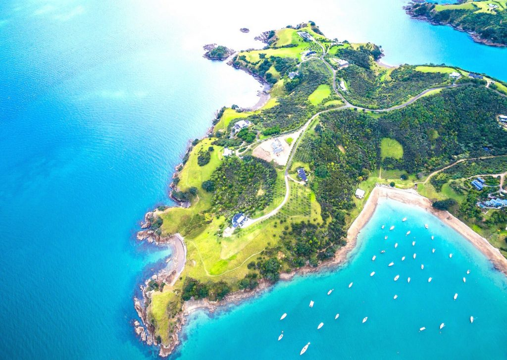 Auckland - Waiheke Island
