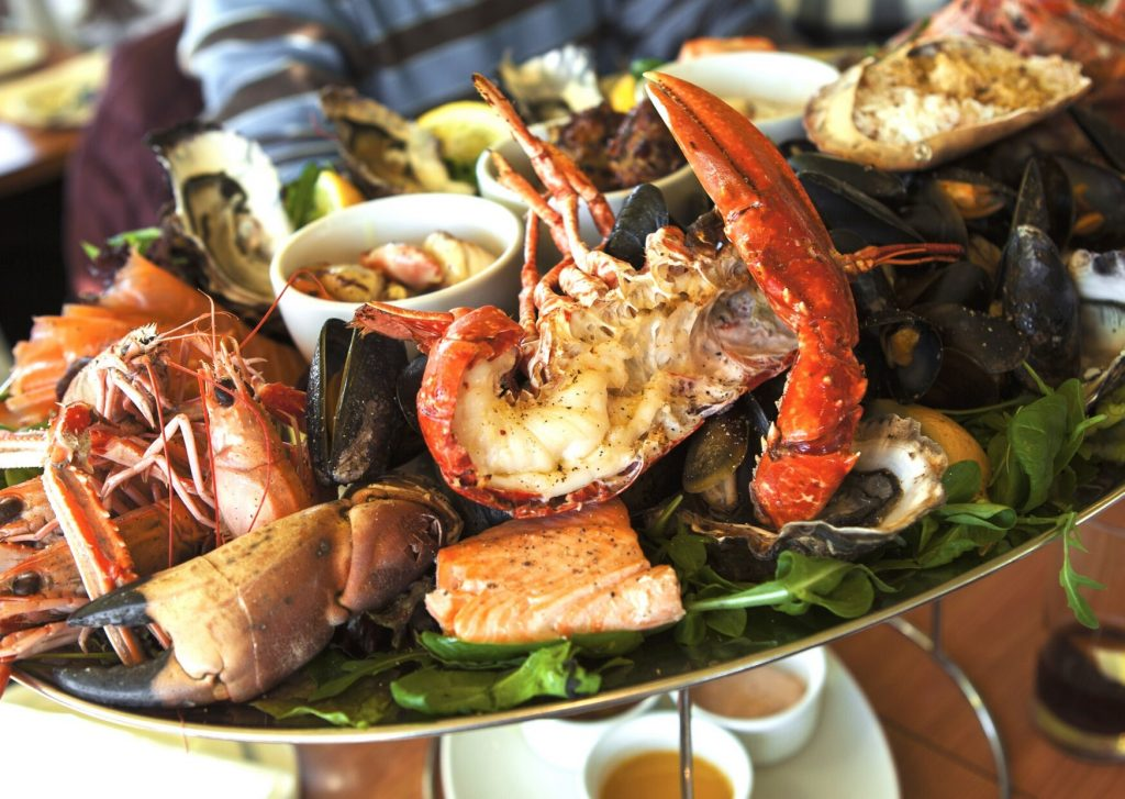 what to eat in Auckland - seafood platter