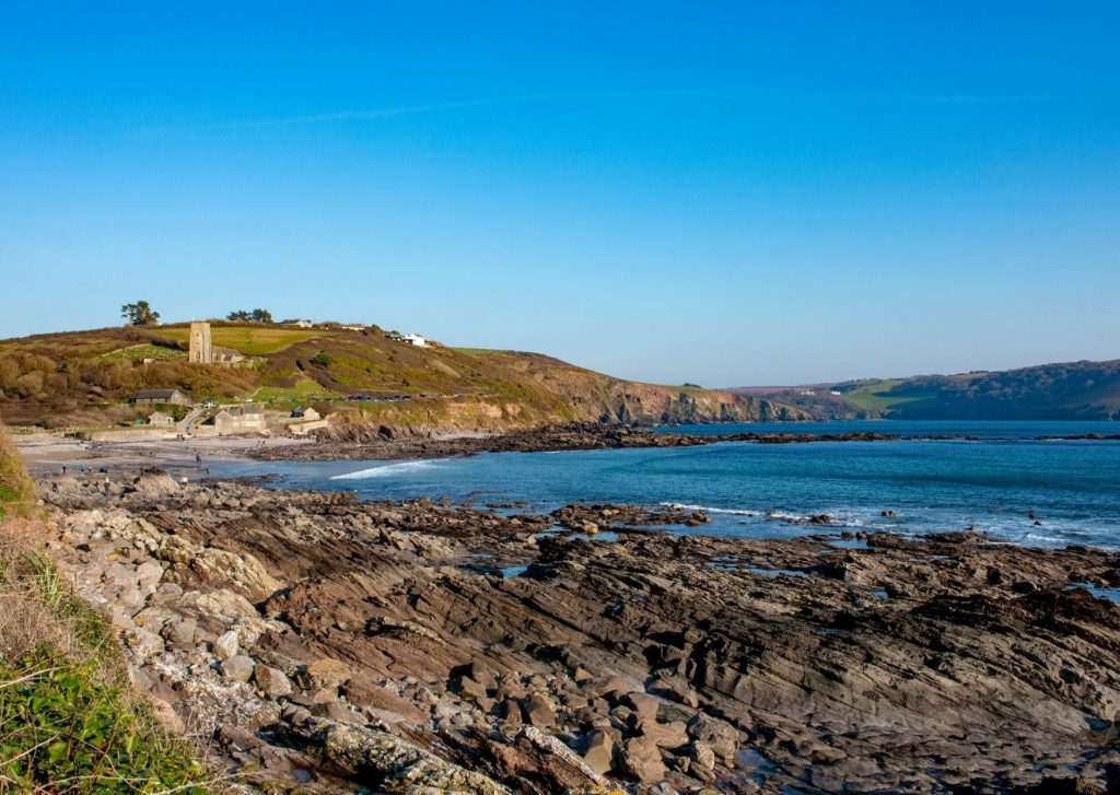 travel to plymouth rockpools
