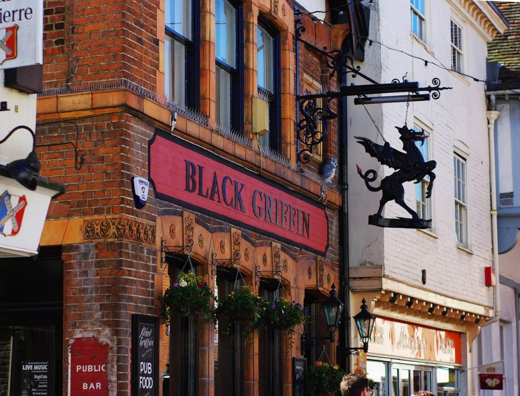 top bars in centerbury Black griffin