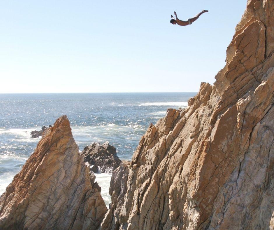 la quebrada divers cliff acapulco